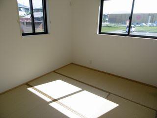 和室(右の部屋)