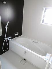 浴室(右の部屋)