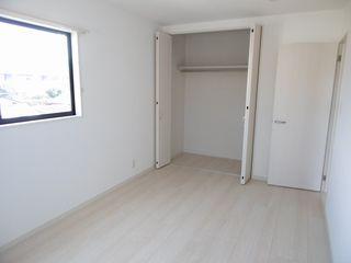 洋室(右の部屋)