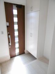玄関(右の部屋)