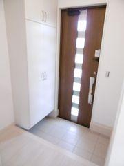 玄関(左の部屋)