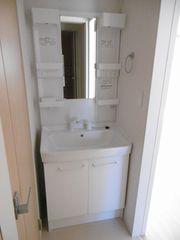 洗面室(101)